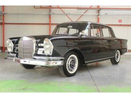 ② mercedes-benz type w111 220 s - mercedes-benz