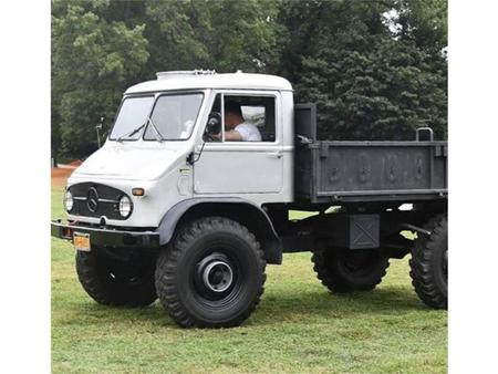 Unimog For Sale >> I Found This Listing On Sur Theparking Eu Isn T It Great