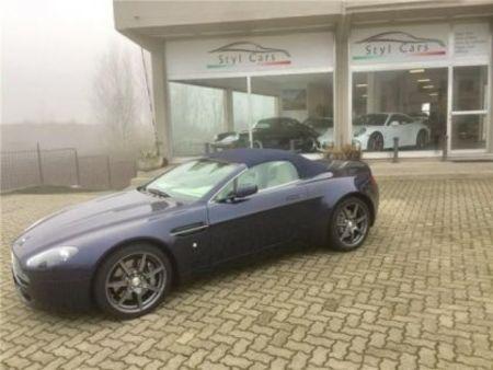 Aston Martin Vantage Roadster Bleu D Occasion Recherche De Voiture D Occasion Le Parking