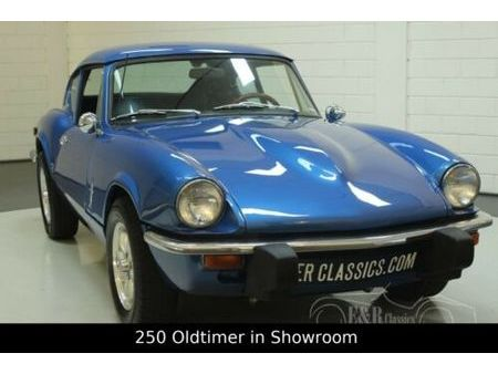triumph gt6 mk3 1973 blue https://cloud.leparking.fr/2019/12/21/00/33/triumph-gt6-triumph-gt6-mk3-1973-blue-bleu_7364630972.jpg