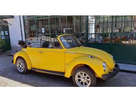 volkswagen coccinelle 1303 https://cloud.leparking.fr/2020/06/24/00/20/volkswagen-beetle-cabrio-volkswagen-coccinelle-1303-giallo_7651769960.jpg