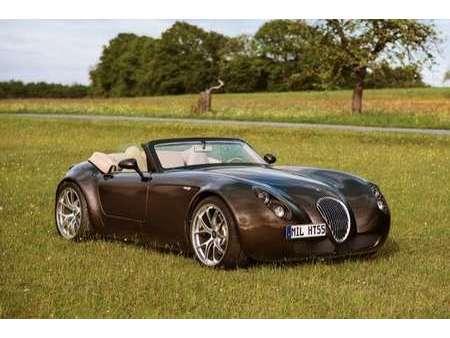 roadster smg-v 10 limitiert 21/43 https://cloud.leparking.fr/2020/08/07/00/17/wiesmann-roadster-mf5-roadster-smg-v-10-limitiert-21-43-braun_7709581961.jpg