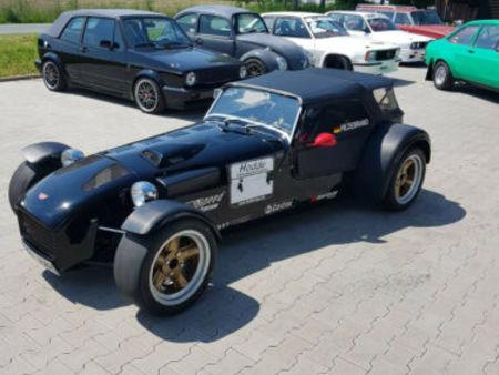 donkervoort rennwagen oder straße mit h-kennz. https://cloud.leparking.fr/2020/09/26/00/36/donkervoort-s8-donkervoort-rennwagen-oder-strase-mit-h-kennz-schwarz_7784893746.jpg
