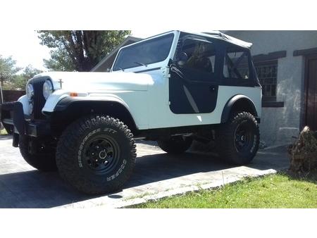 jeep - cj7 https://cloud.leparking.fr/2020/09/30/22/00/jeep-cj7-jeep-cj7-blanco_7792049558.jpg