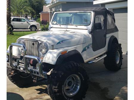 for sale: 1985 jeep cj7 in tavares, florida https://cloud.leparking.fr/2020/10/06/00/11/jeep-cj7-for-sale-1985-jeep-cj7-in-tavares-florida-white_7799255547.jpg