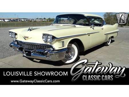 1958 cadillac deville sedan https://cloud.leparking.fr/2020/10/17/01/28/cadillac-deville-1958-cadillac-deville-sedan-yellow_7816582288.jpg