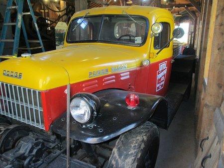 1948 dodge power wagon mc300 https://cloud.leparking.fr/2020/12/04/00/30/dodge-power-wagon-1948-dodge-power-wagon-mc300-yellow_7884801992.jpg