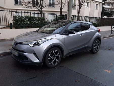 1.8 hybrid 122h 100 graphic rc18 4x2 e-cvt bva