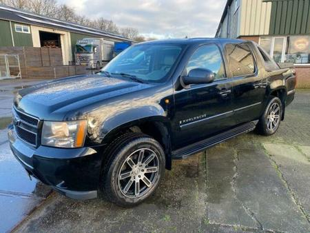 ② 2007 chevrolet avalanche lt - chevrolet https://cloud.leparking.fr/2021/01/12/00/23/chevrolet-avalanche-2007-chevrolet-avalanche-lt-chevrolet-noir_7932498720.jpg